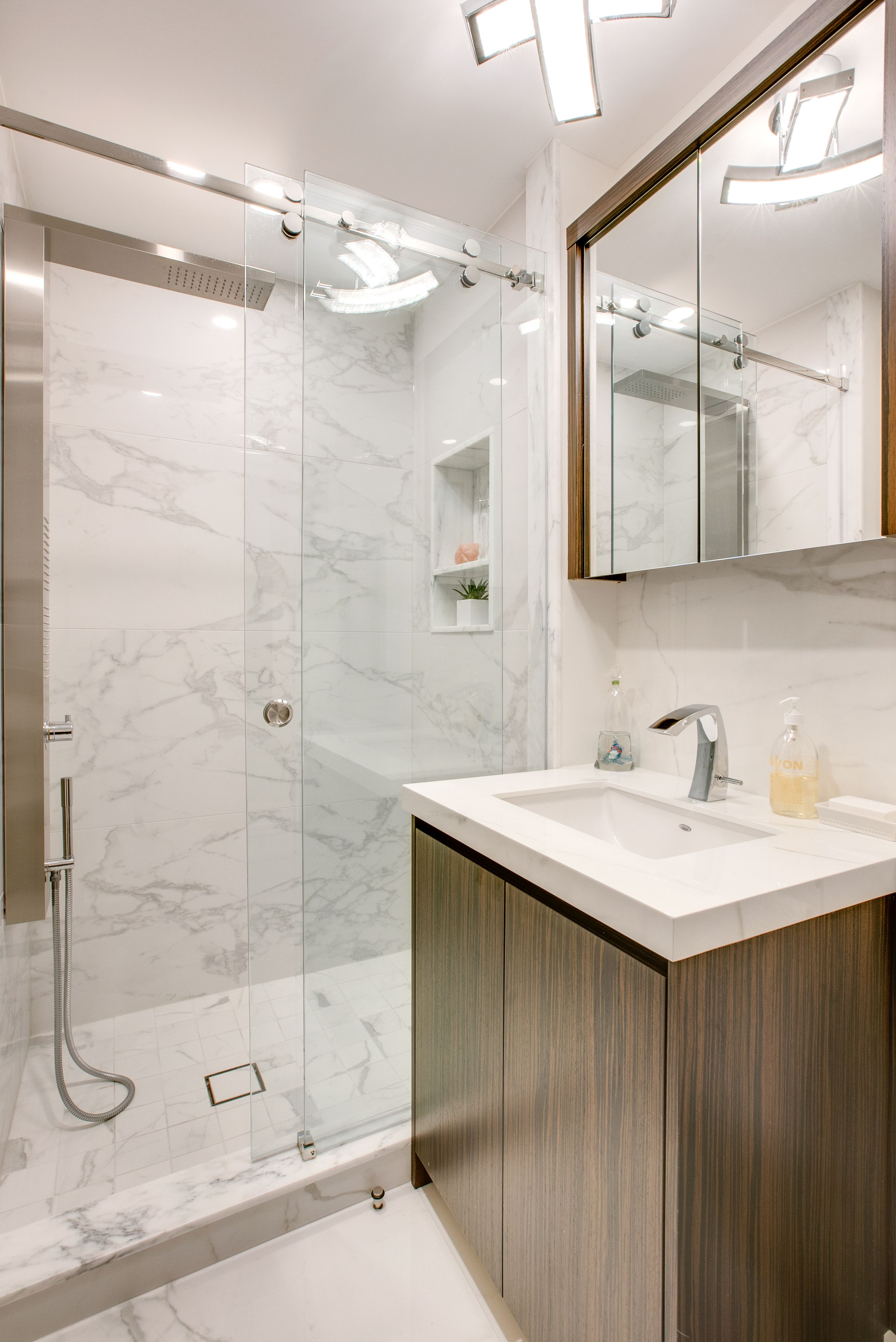 Graff Sento 8 Faucet Aquamassage Shower Systems And Dxv Sink Bathroom Interior Design Bathroom Shower Panels Elegant Bathroom