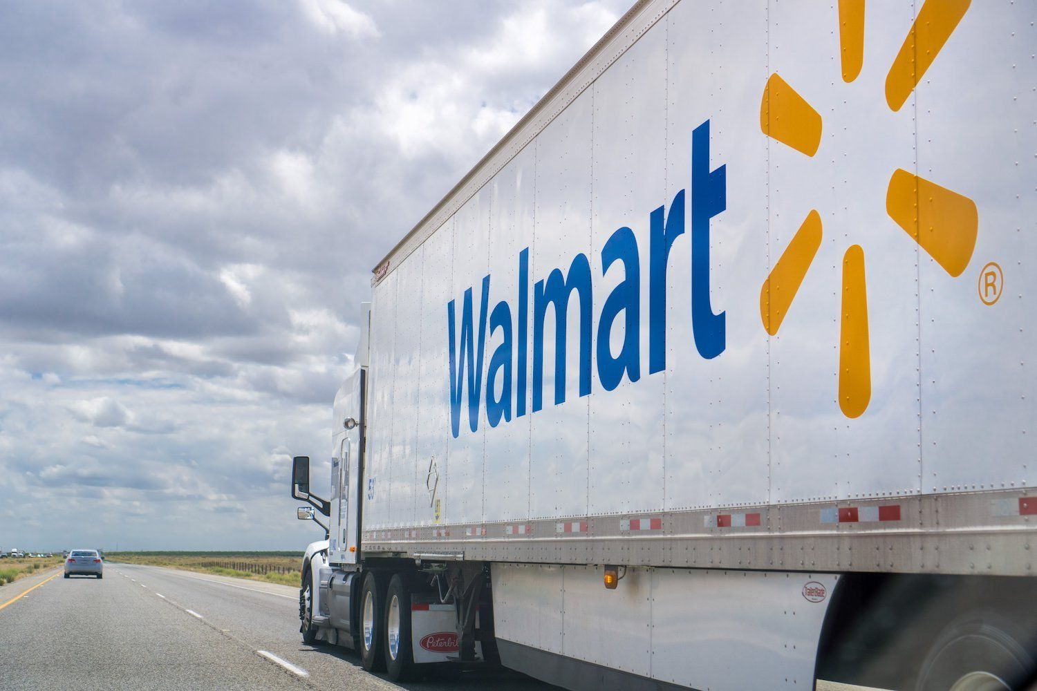 Bitcoin Walmart Looks to Blockchain for Better Package