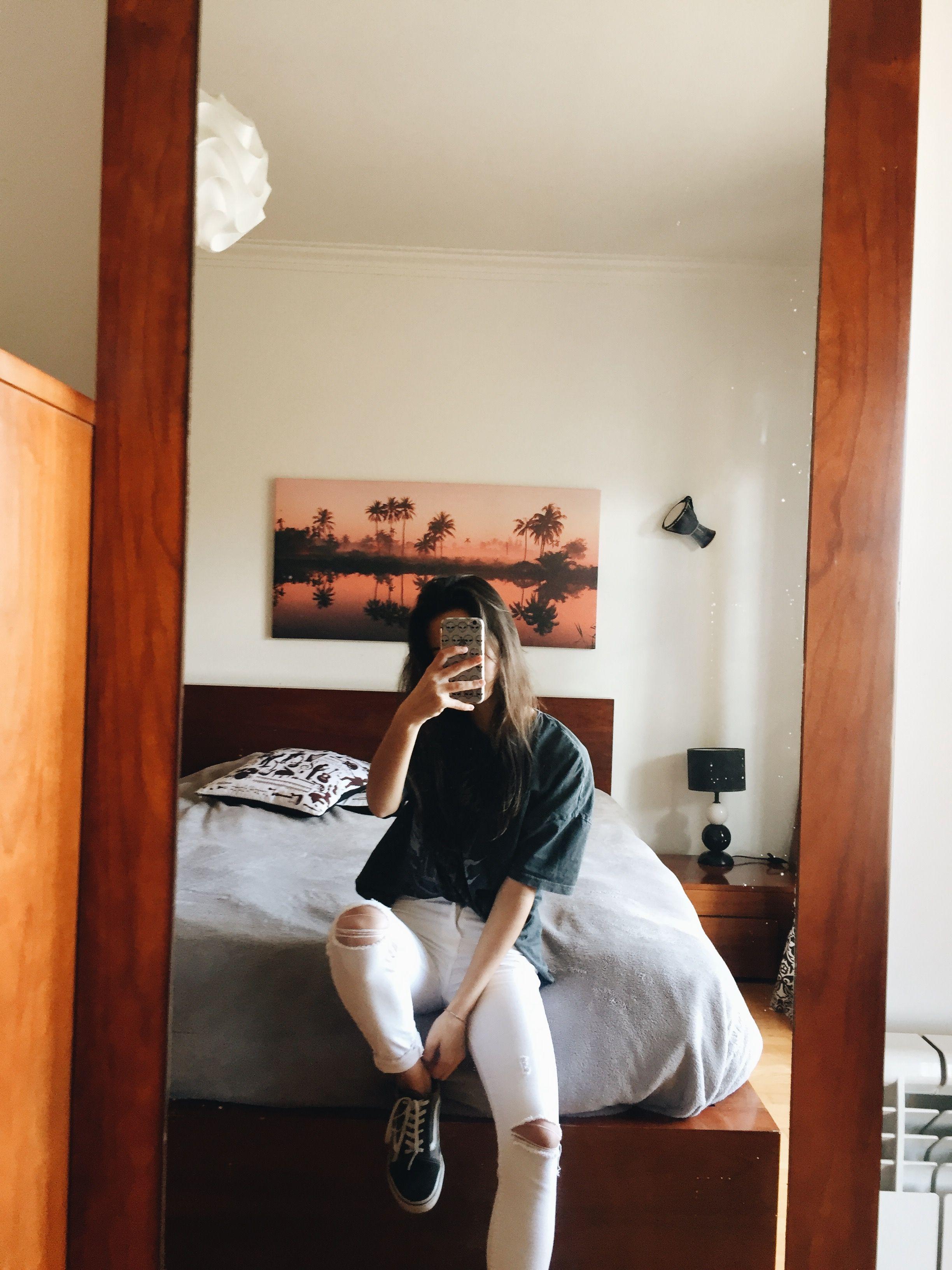 383770e4c907 ˗ˏˋ lucymariacliff ˎˊ˗ Girls Mirror