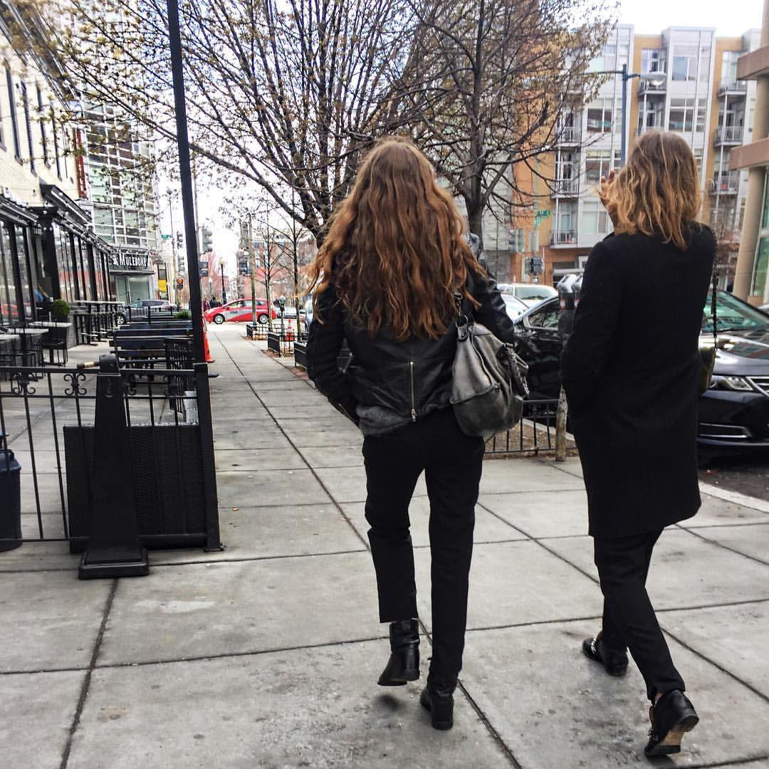 """521 Synes godt om, 1 kommentarer – Camille Brown Koefoed (@camillekoefoed) på Instagram: """"Bye 👋🏼"""""""