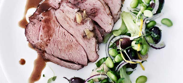 Lamb roast with garlic sauce