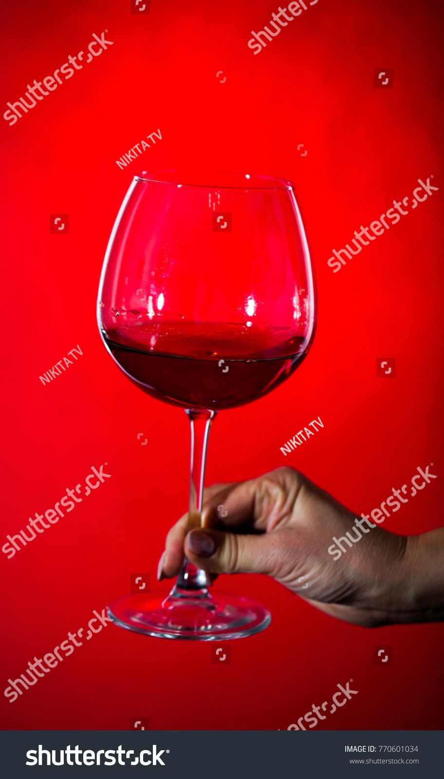 Fragile Goblet Of The Red Wine On The Wooden Stand On Wooden Wall Background Hand Holding Wineglass Ad Affiliate Wine Wood In 2020 Red Wine Wine Wall Background