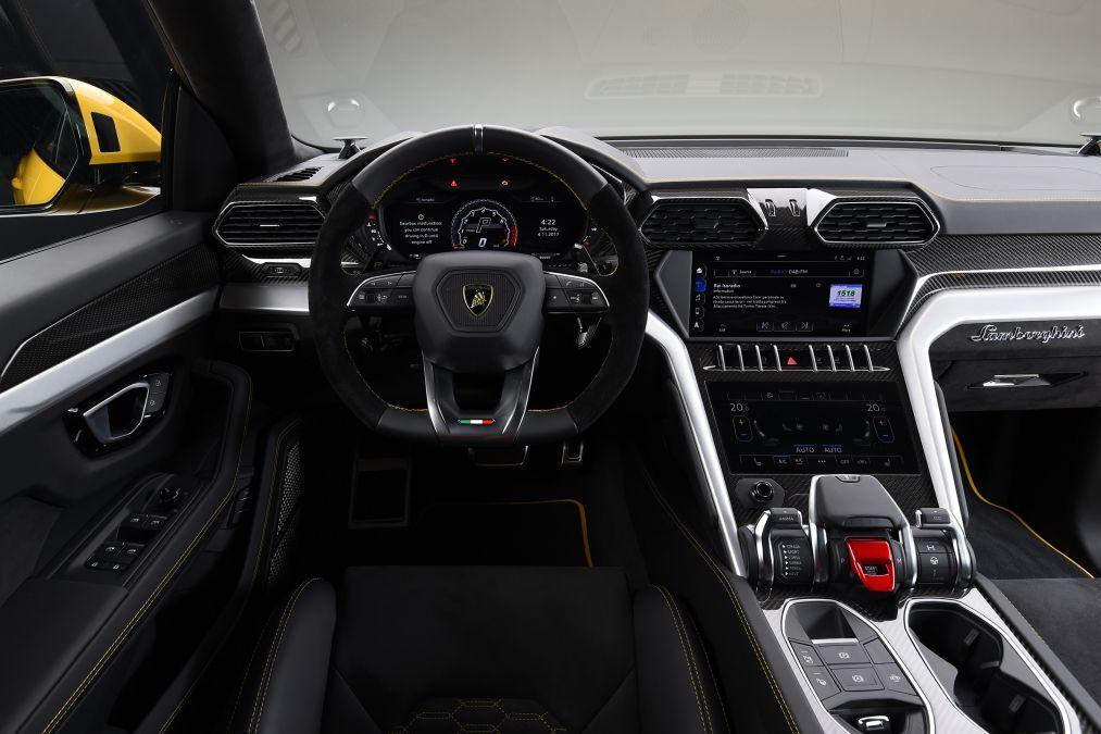 New 2019 Official Lamborghini Urus 4 Dec 2017 Interior