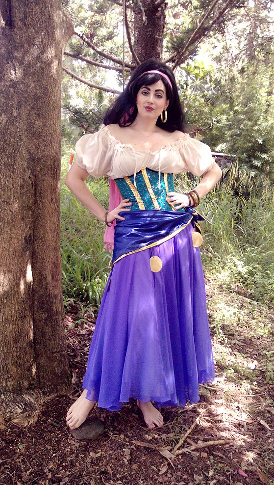 Im sick of all this white girls doing esmeralda cosplay but this im sick of all this white girls doing esmeralda cosplay but this outfit solutioingenieria Choice Image