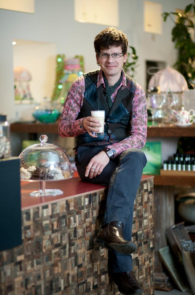 Holger Schweizer seit ich ein café habe komme ich noch seltener zum kaffeetrinken