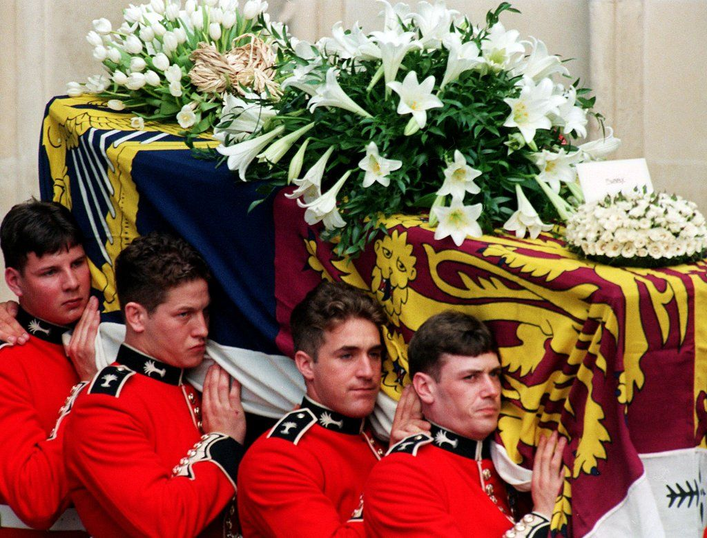 50+ Photos That Show the Outpouring of Love at Princess
