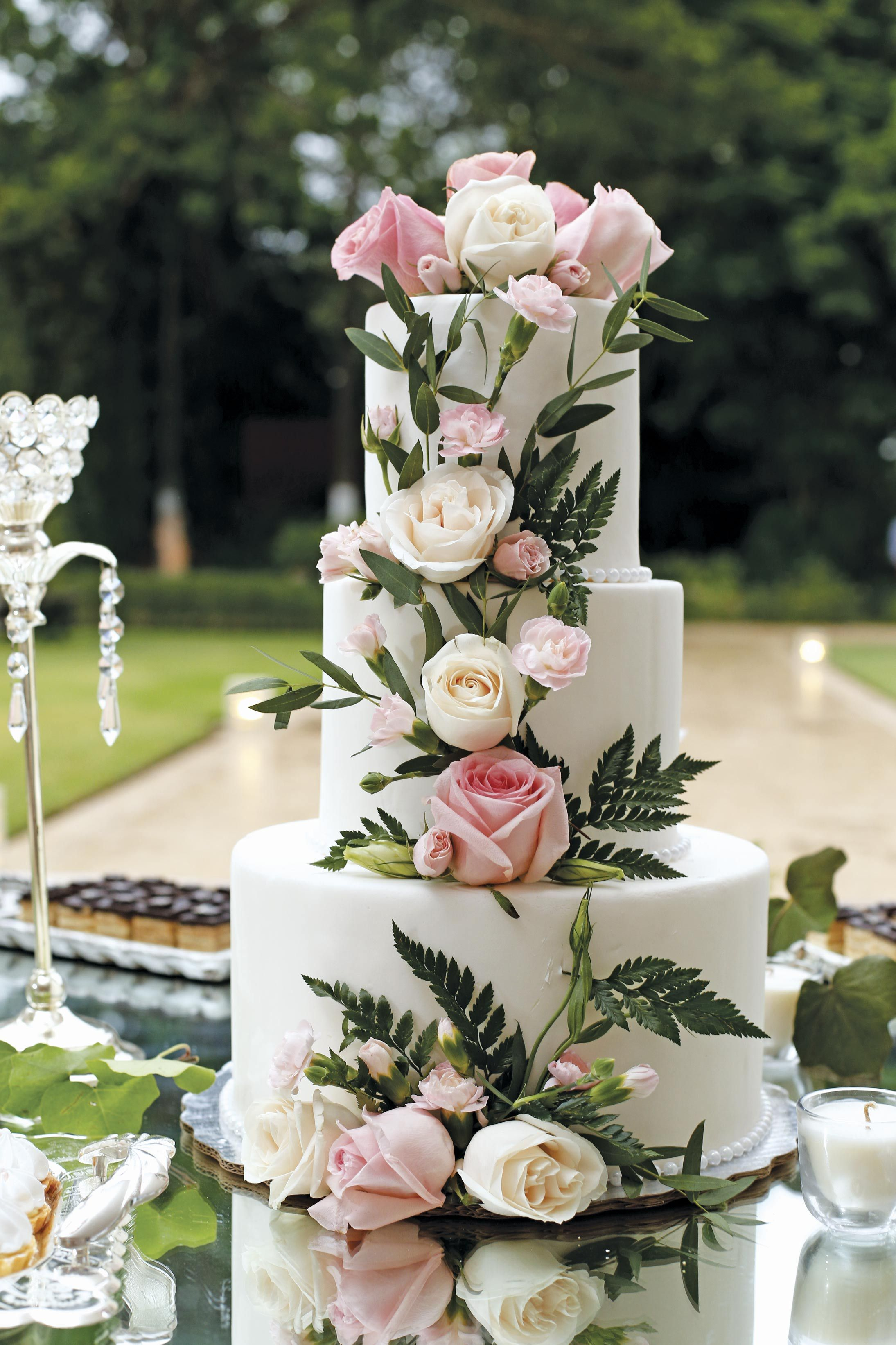 Decora Tu Pastel Con Flores Naturales Pasteldebodas Wedding