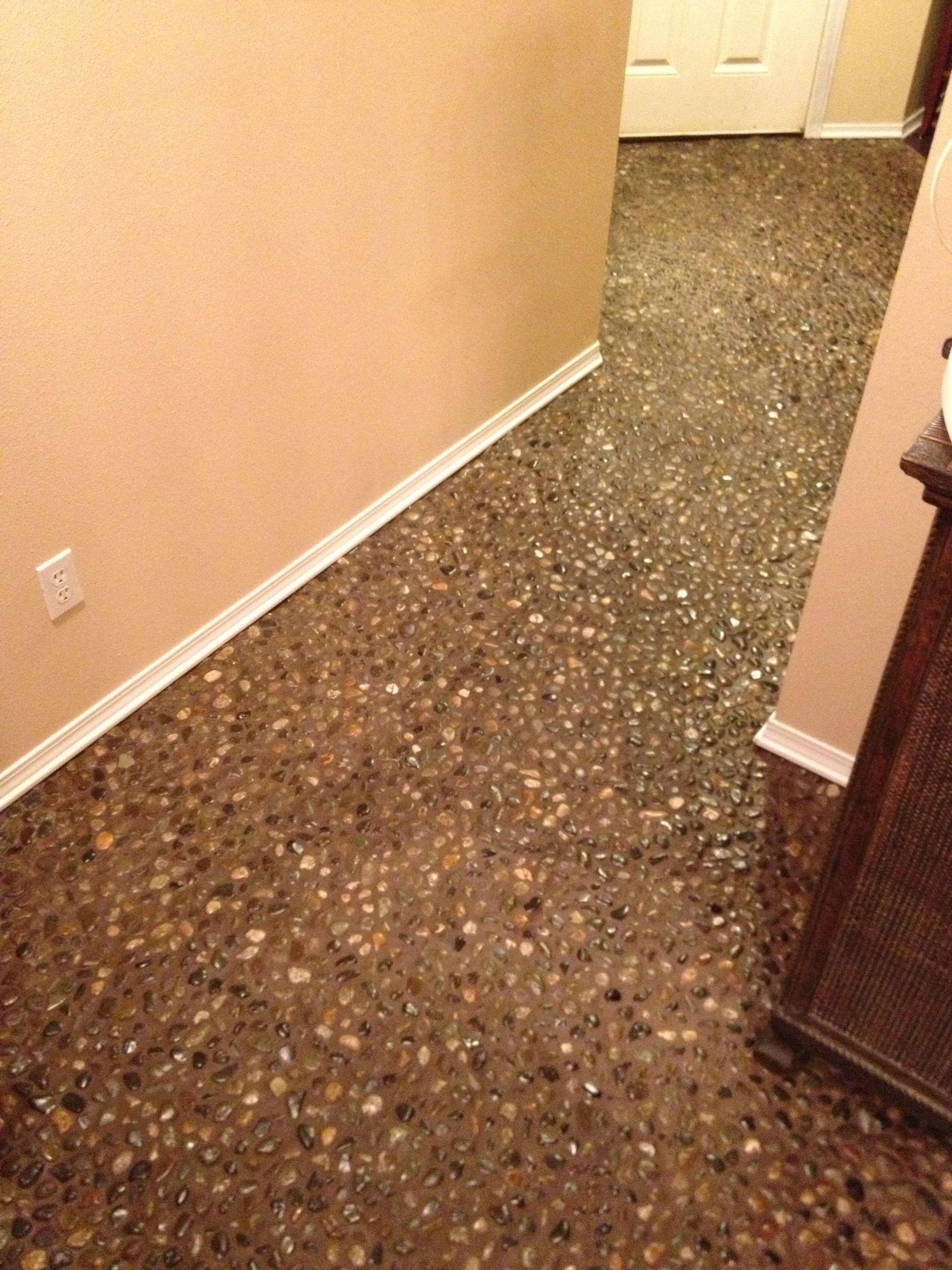 69 Diy River Rock Pebble Stone Hand Laid Floor Pebble
