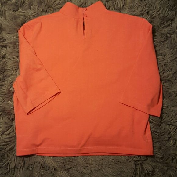 FOREVER 21 Crop top turtleneck size L coral color Forever 21 Tops Crop Tops