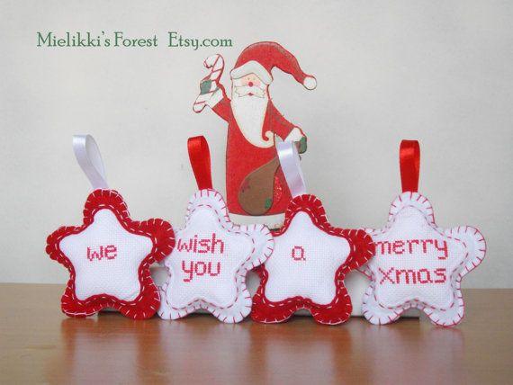 Decorazioni natalize in feltro e a punto croce. di MielikkisForest