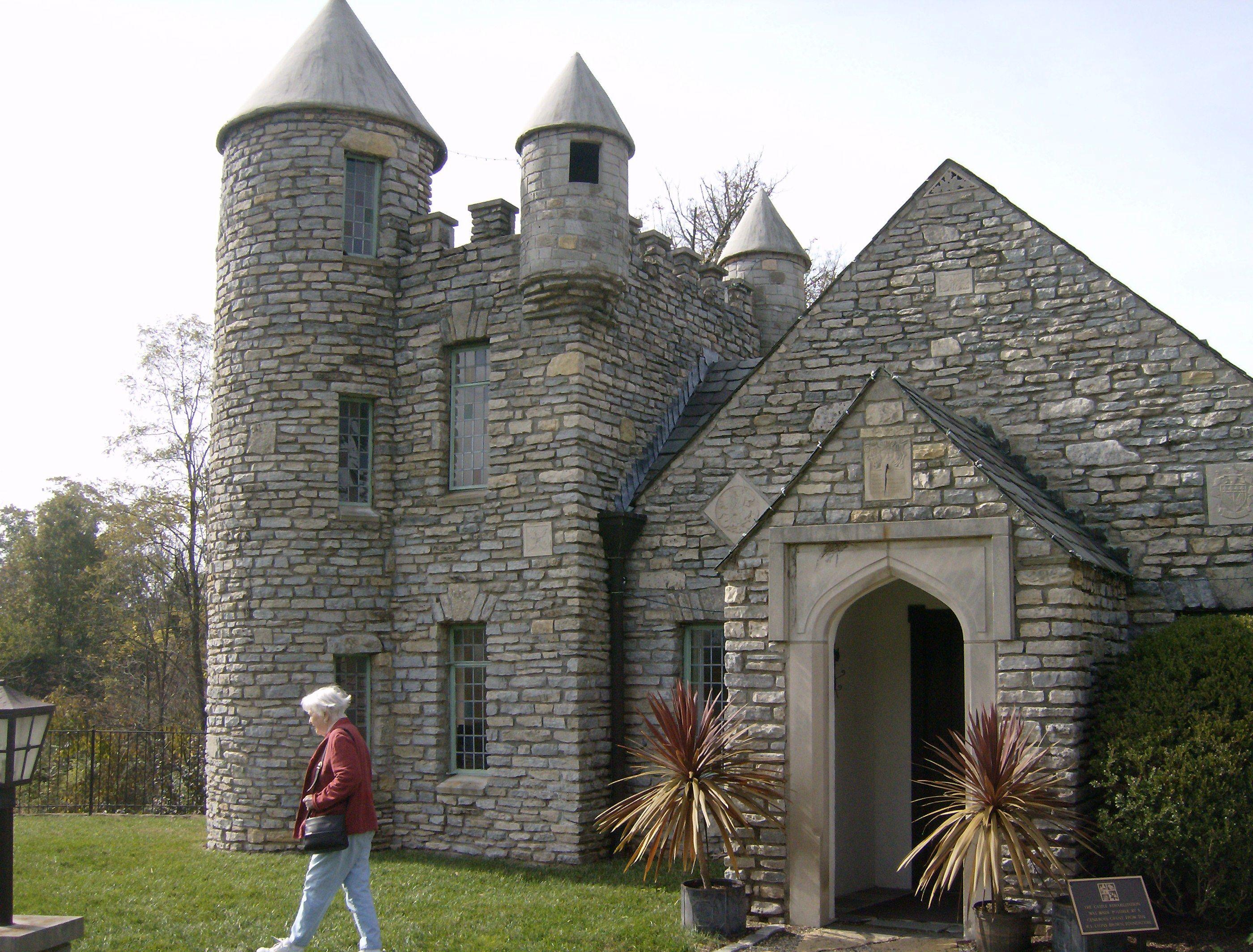 Castle House Google Search Castle House Plans Castle House Castle House Modern