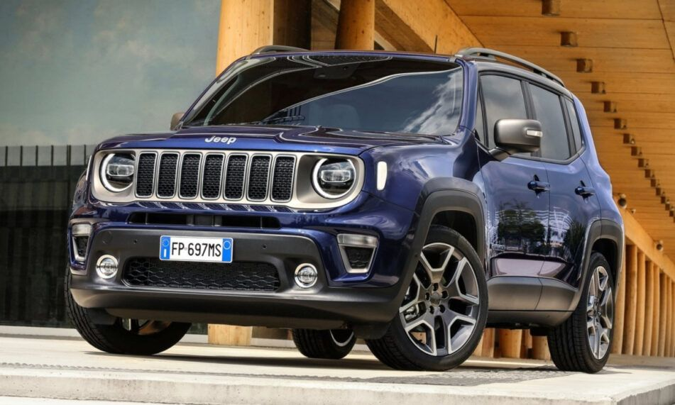 The New 2021 Jeep Renegade Comes With Plenty Of Excitement Of Course The Highlight Of The New Re In 2020 Jeep Renegade Jeep Renegade Trailhawk Jeep Renegade Interior