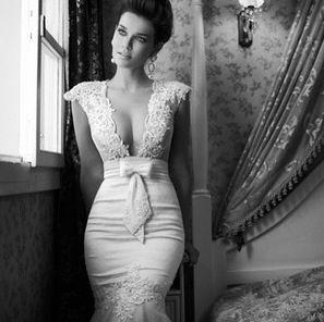 Black and white. Vintage drop neck dress. So beautiful so unique