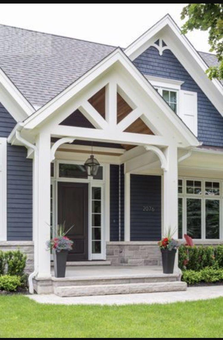 Gaube, Hauseingang, Rund Ums Haus, Runde, Verkleidung, Hausbau, Veranda  Design, Veranda Umgestalten, Kleine Vorgärten