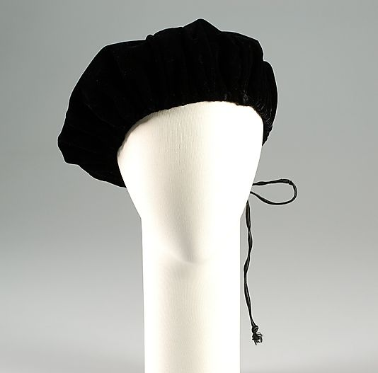 Evening hat John Frederics  (American, 1929–1948)  Date:     ca. 1955 Culture:     American Medium:     Silk