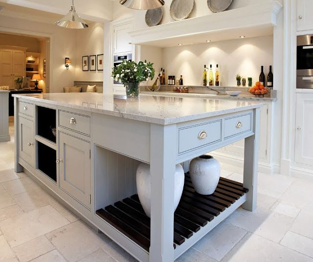 One of my FAVE kitchens!! By Tom Howley Design. From My Design Chic blog.