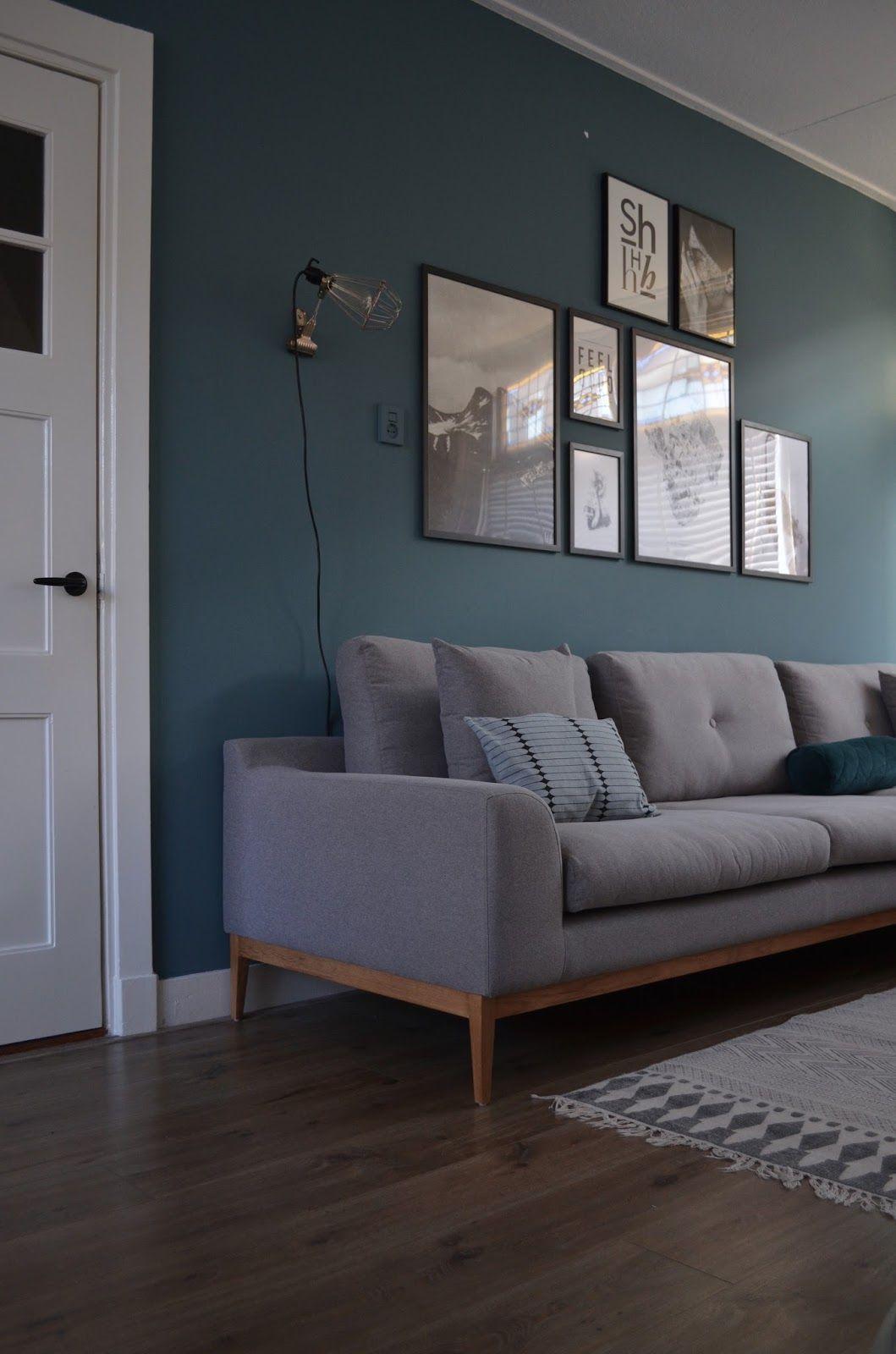 New year - new sofa (van het kastje naar de muur.)  Idee deco mur