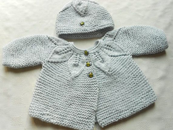 f9451e518 Baby girl matinee jacket and hat hand knit door BabycraftCindy ...