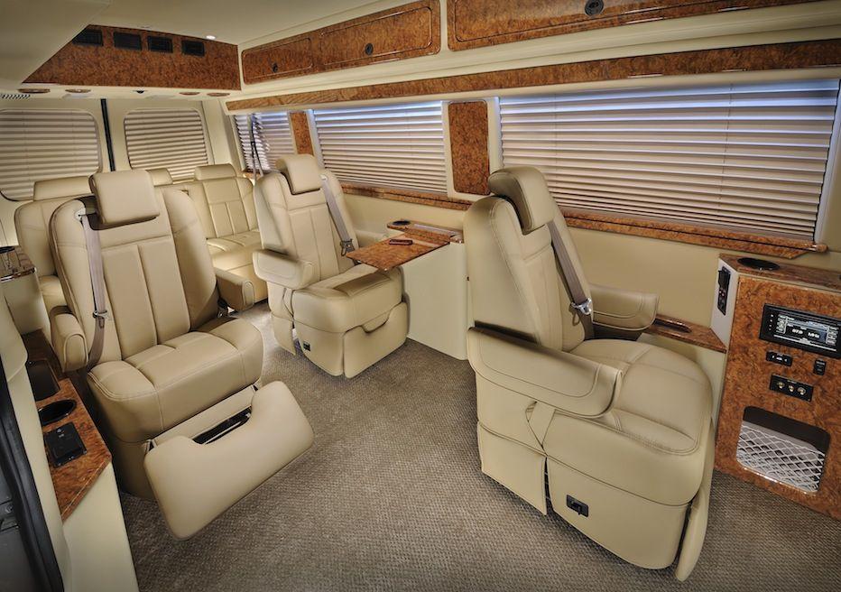 Luxury conversion van g 55 sprinter luxury van midwest for Mercedes benz camper van rental