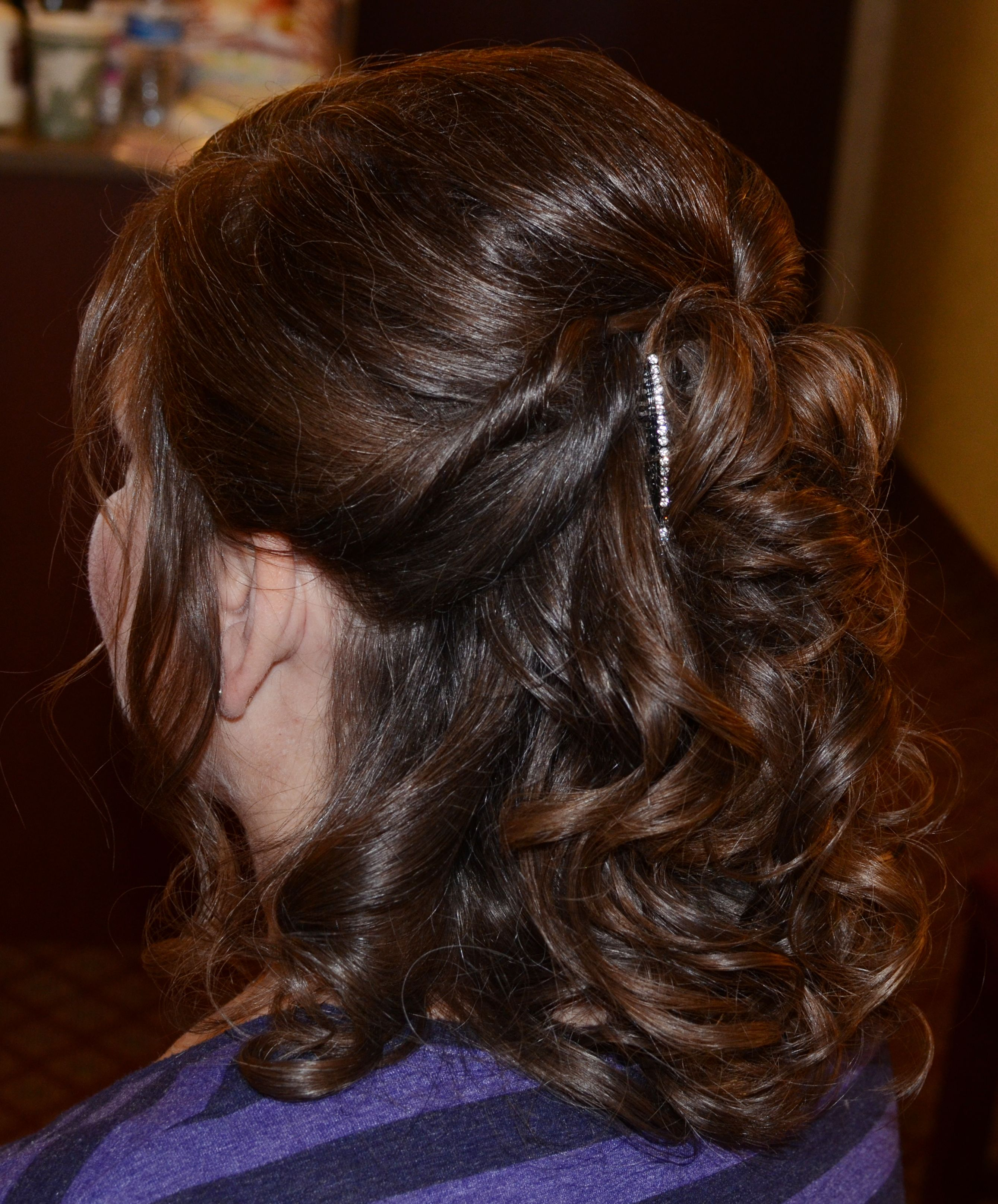 Hairstyles Half: Half Up/Half Down Mother Of The Bride. Medium Length-long