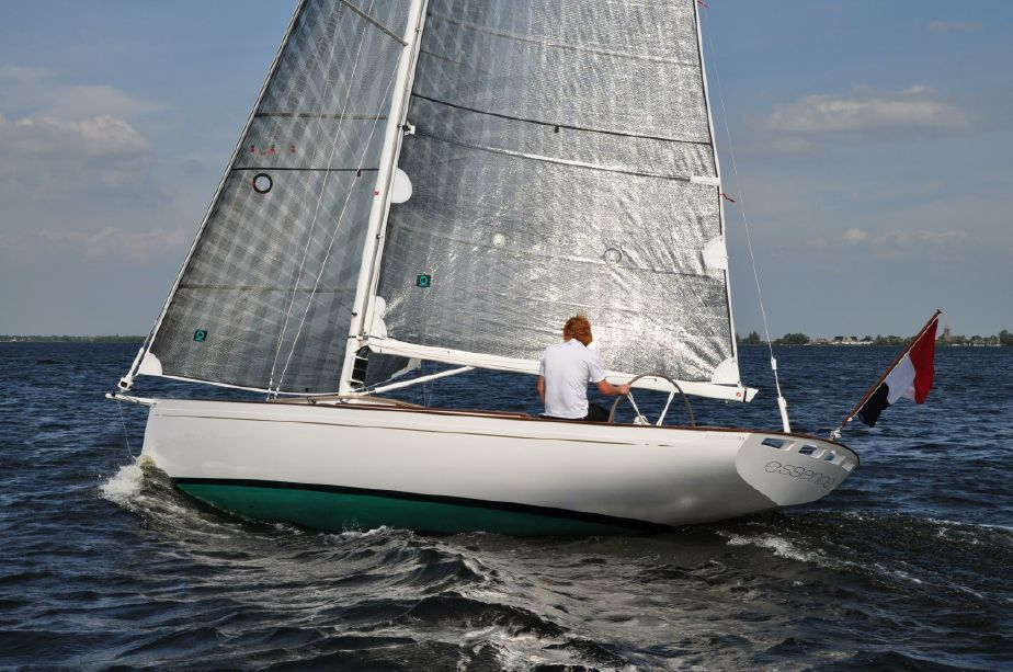 2018 Essence 33 Daysailer Sail New And Used Boats For Sale