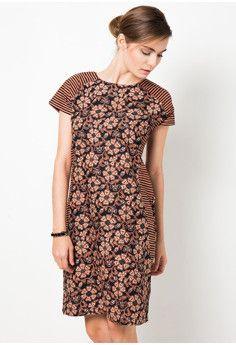 df22c1c4b Mini Dress Motif Selendang Gendong   Batik   Gaun mini, Model ...