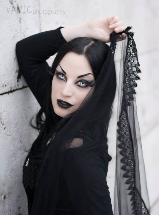 Model: Kali Noir Diamond Photo: Vanic Photography