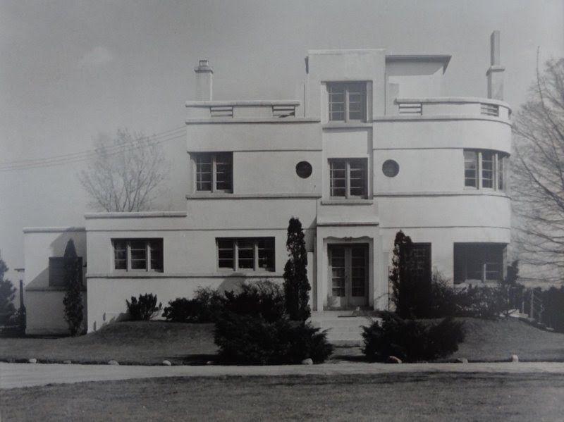 Lounsbury house in burlington ontario art moderne style often mistaken for art deco pinterest burlington ontario and architecture
