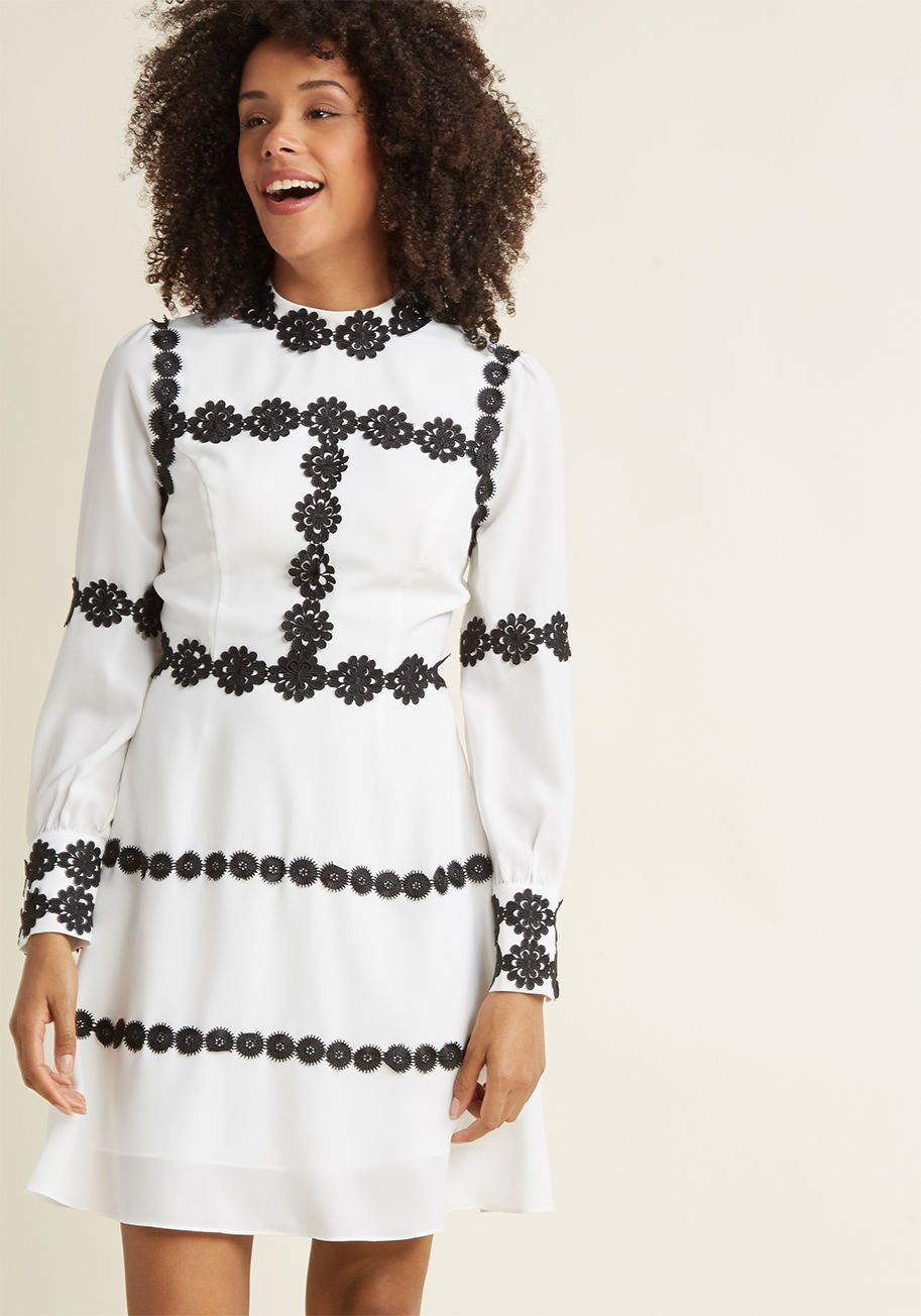 Applique Outlined Long Sleeve A Line Dress In White Personal