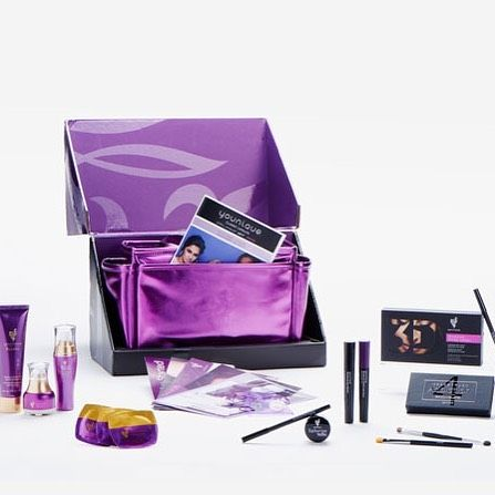 99 for 400 of makeup  younique womeninbusiness