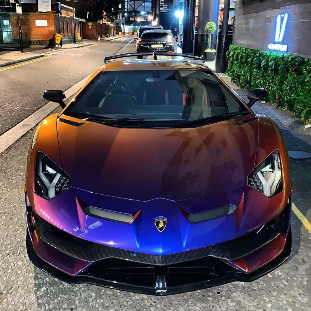 The Luxury Universe — Pink Rolls Royce Phantom VIII
