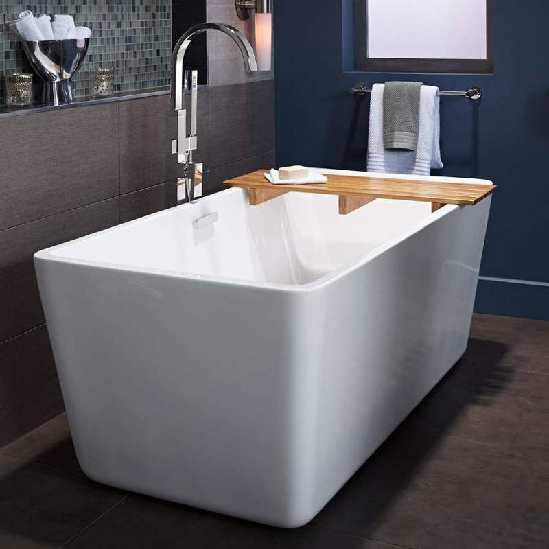 Sedona Freestanding Tub By American Standard 62 X 71 Gallons This Is Shorter