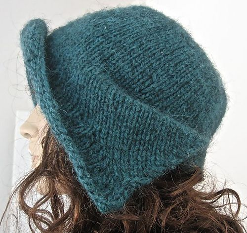 Ravelry: Another cute hat made with a free pattern... This one seems to require a bit more skill.