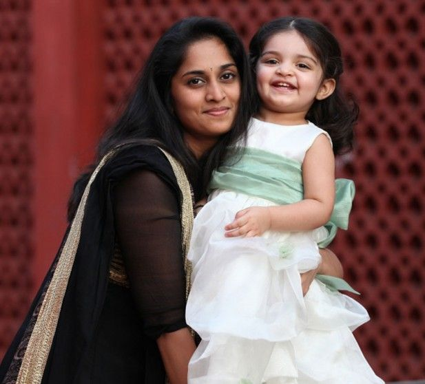 Shalini Kumar With her Daughter Anoushka Kollywood