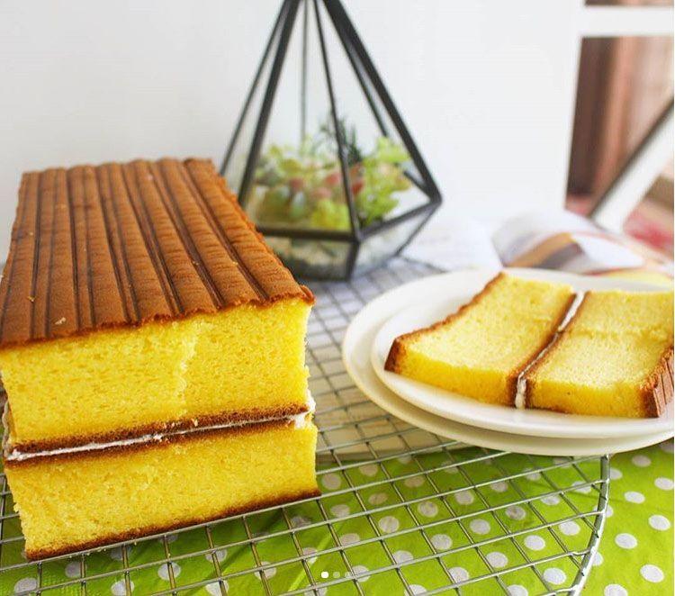 Spiku Original Lembut Ncc A K A Cake Lapis Kuno Surabaya Makanan Kue Lapis Makanan Enak