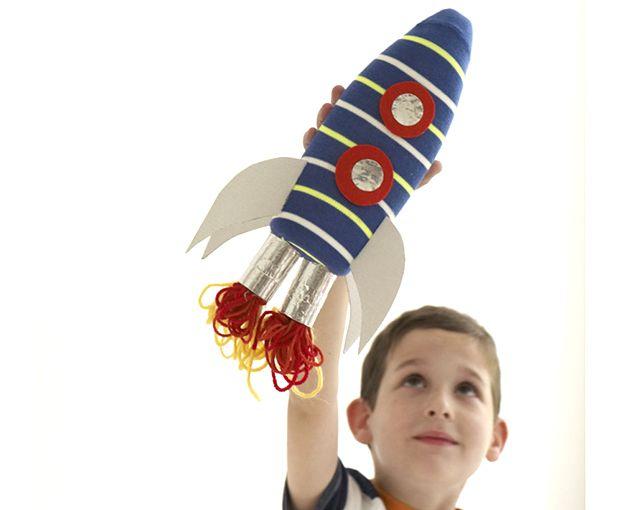 DIY Rocket: Upcycle Bottle Craft