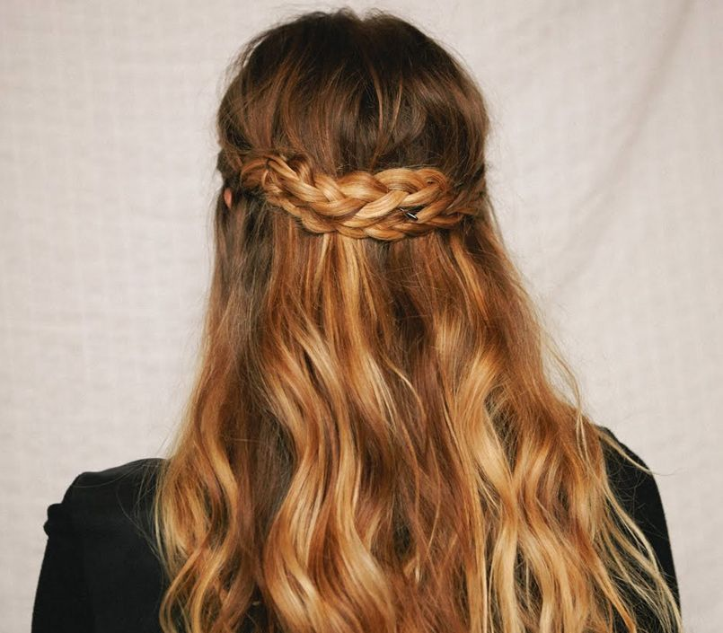Como hacer una trenza en cabello ondulado