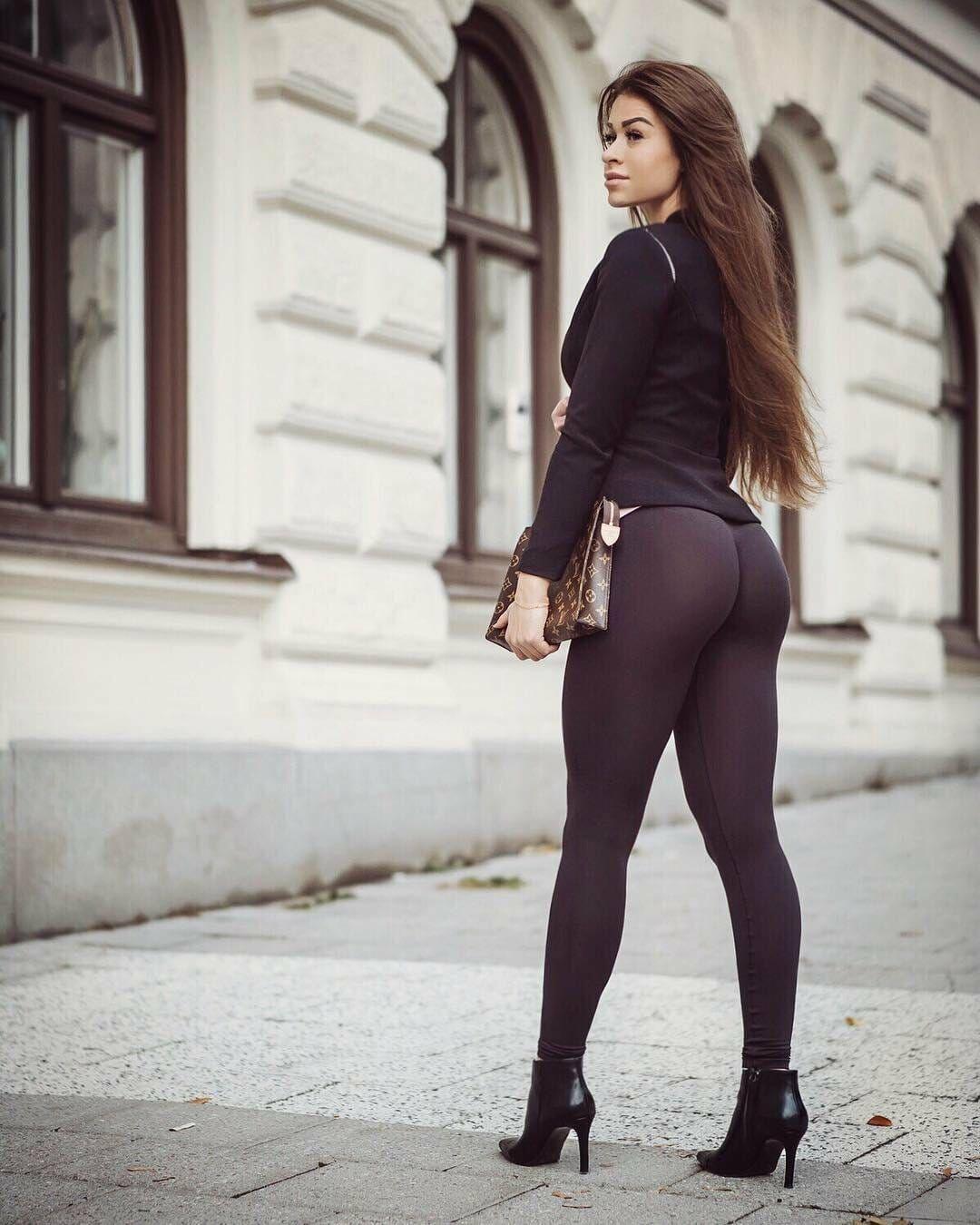 Nude Wife Tight Skirt