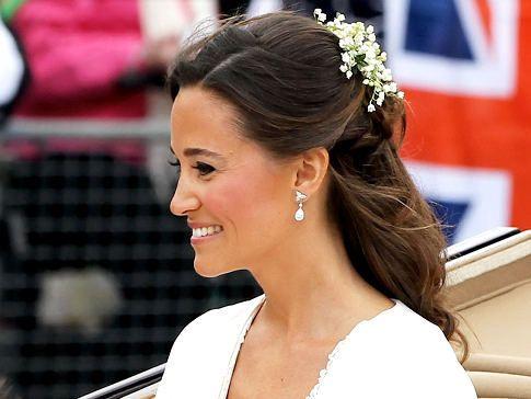 112734792az008 Royal Weddin Bridesmaid Hair Half Up Hair Wedding Hair And Makeup