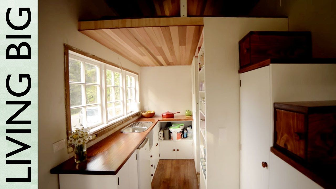 Stunning Diy Cottage Style Tiny House Tour Tiny House