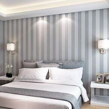 Resultado de imagen de habitaciones con papel pintado a rayas