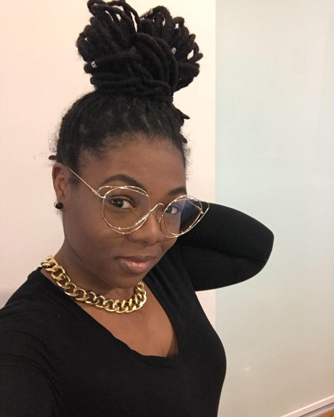 Empress ruling over her own empire #Locs #LocGirlsRock #ThickLocs #HealthyLocs #DearLocs #WomenWithLocs #LocLife #iamLocd #TriniLocs #Locology #NaturallyChicLocs #loccommunity #LocJourney #TeamNatural #LadiesWithLocs #locgirlmagic #misslocspageant #MelaninWithASideOfLocs #iAmLocd #LocksWorld_OneLove #LocLivin #TeamLocs #ThickLocs #BrooklynLocs #❤️ #