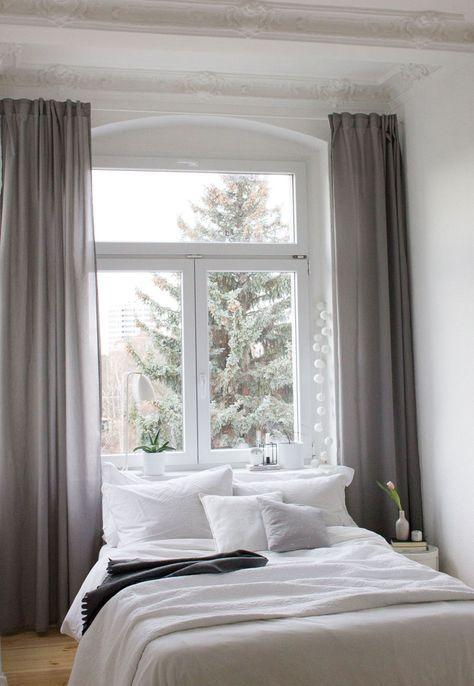 Schlafzimmer Inspiration   Unser Neues Altbau Schlafzimmer, Mit Dem Fenster  Als Kopfteil. Simple Bedroom