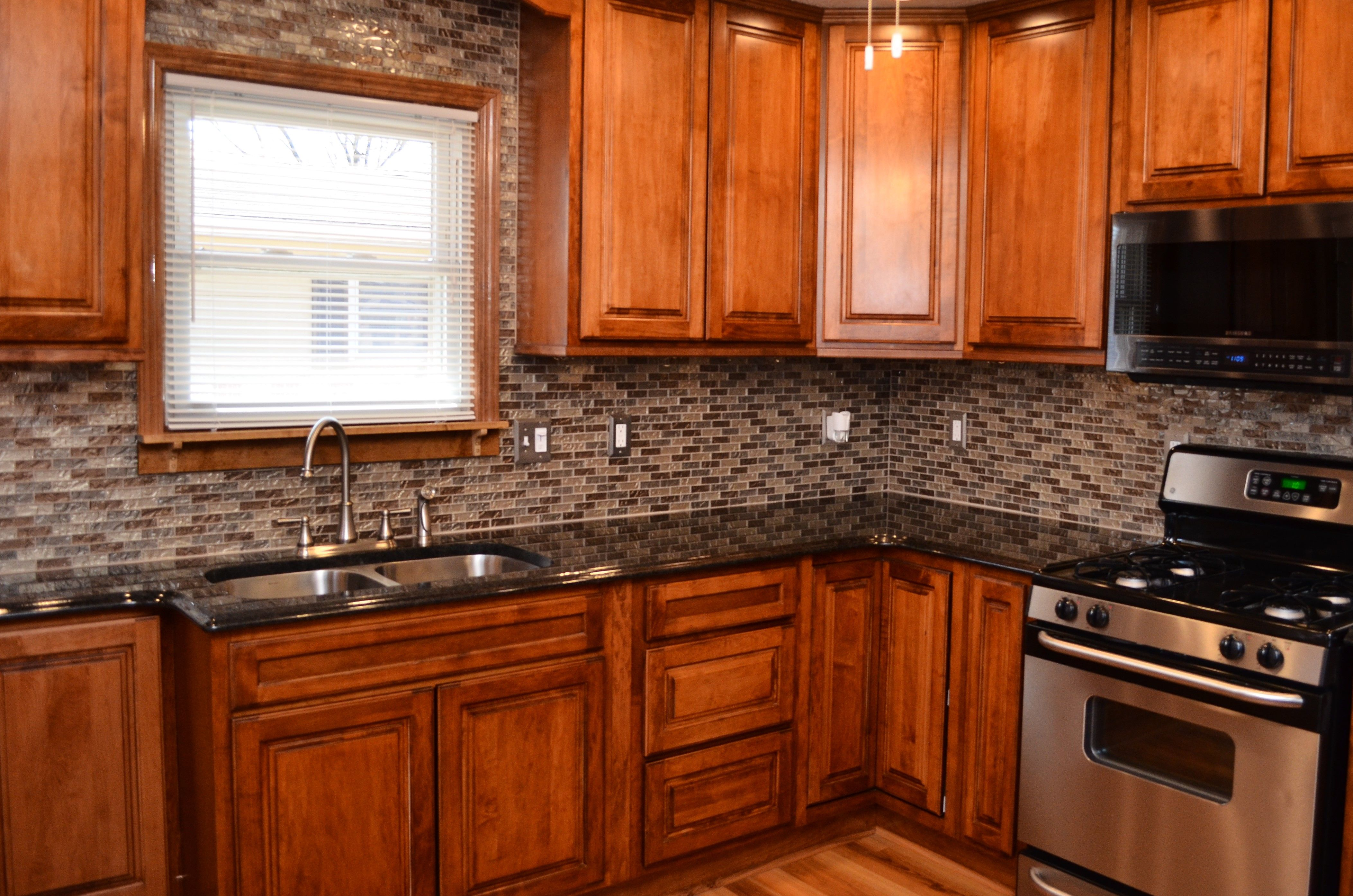 Haas Signature Door Style Madison Square Maple Pecan Maple Cabinets Kitchen Cabinetry