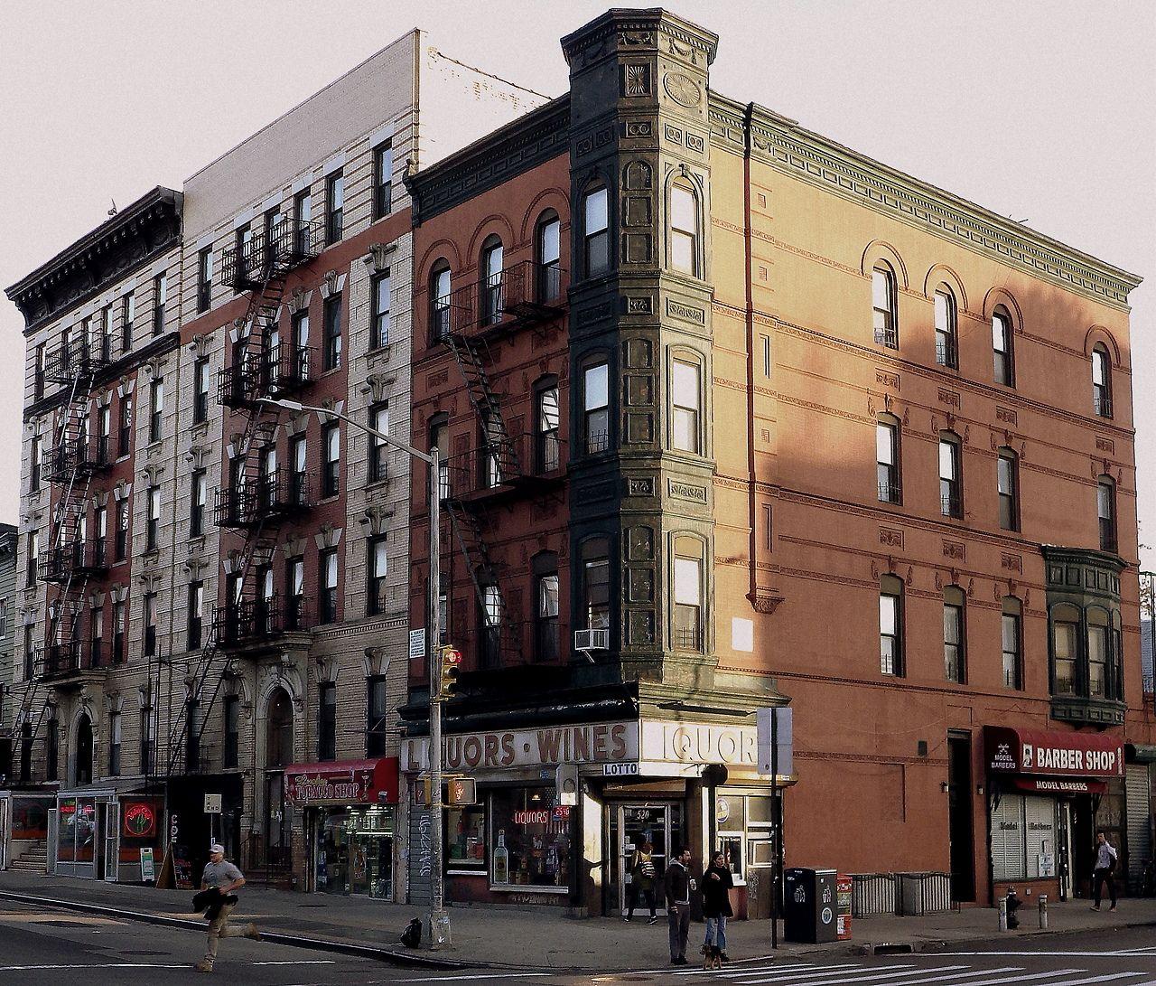 Brooklyn Apartment Building: Apartment Houses In Williamsburg, Brooklyn.