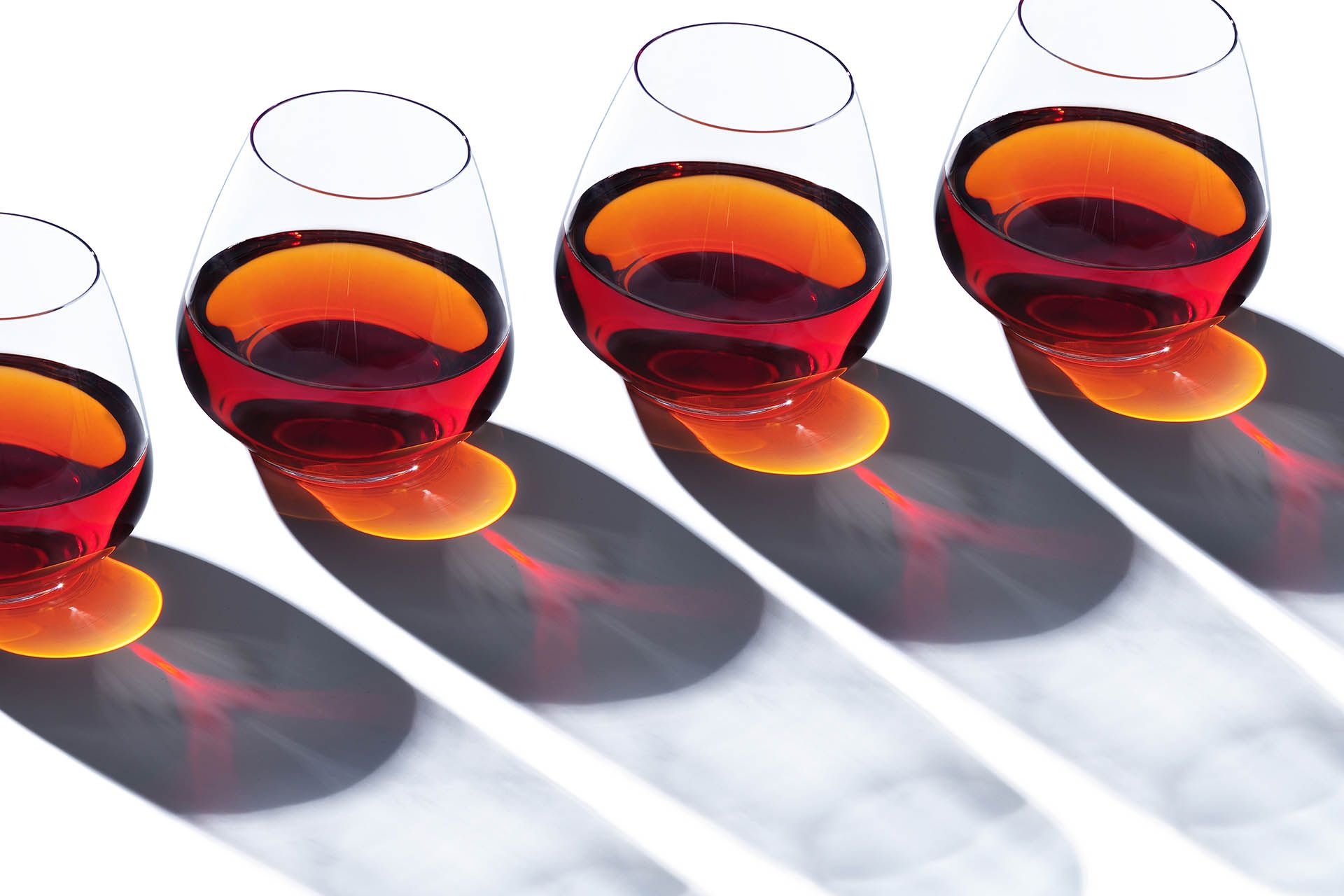 What You Need To Know About Cognac Vs Armagnac Wine Enthusiast Grape Brandy Wine Enthusiast Magazine Cognac