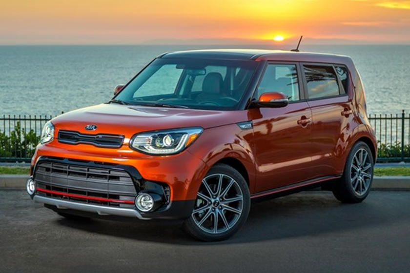 Expect The 2020 Kia Soul And Soul Ev To Debut In The City Of Angels Kia Soul Kia Motors Kia