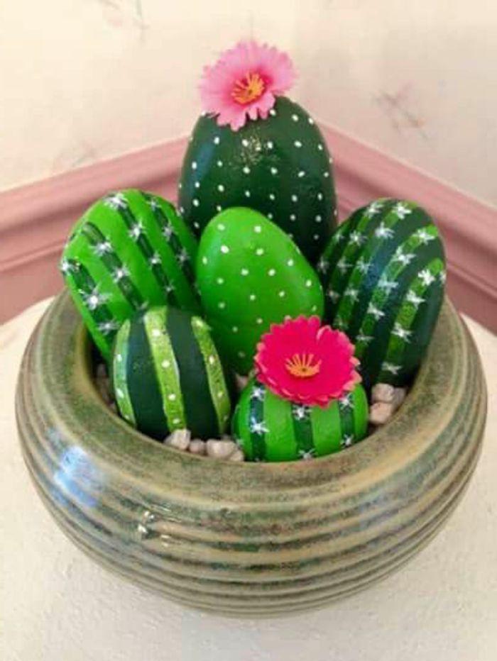 1001 bonnes id es pour un dessin sur galet original cactus painted rocks stone painting e. Black Bedroom Furniture Sets. Home Design Ideas