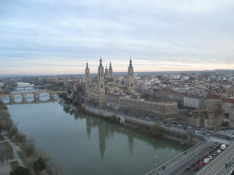 Pilar Ebro - Zaragoza