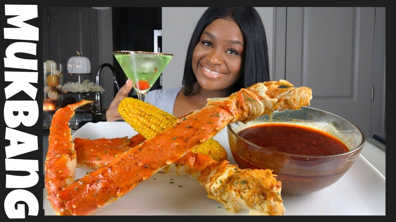 KING CRAB SEAFOOD BOIL  MUKBANG WITH BLOVES SAUCE - YouTube #seafoodboil